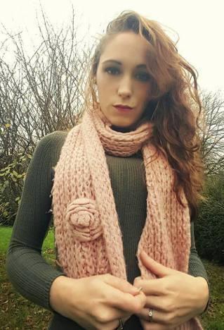 winterwear_pinkscarf