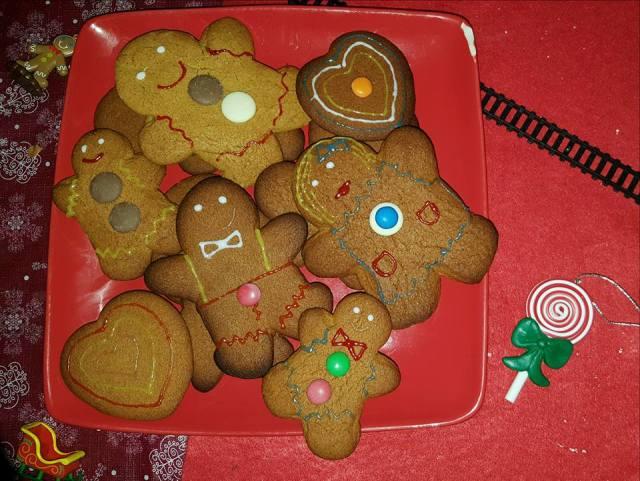 gingerbreadmen_8