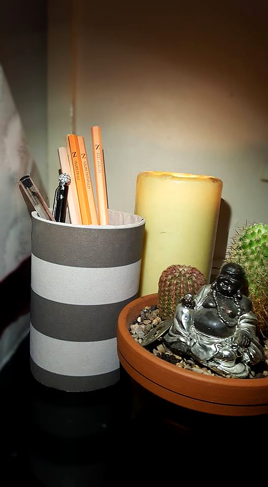 DIY desk tidy for pens