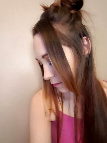 Frills_Hair