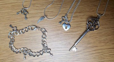 BirthdayGiveaway_Necklaces