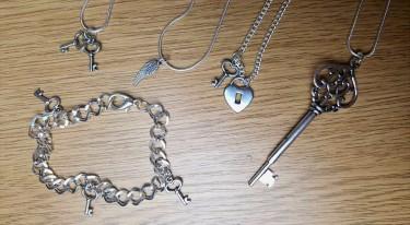 BirthdayGiveaway_Necklaces
