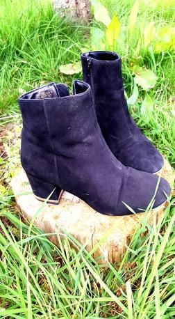 FrillsObsessed_Boots