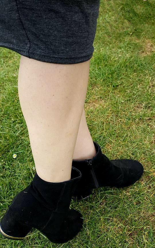 JerseyDress_Boots