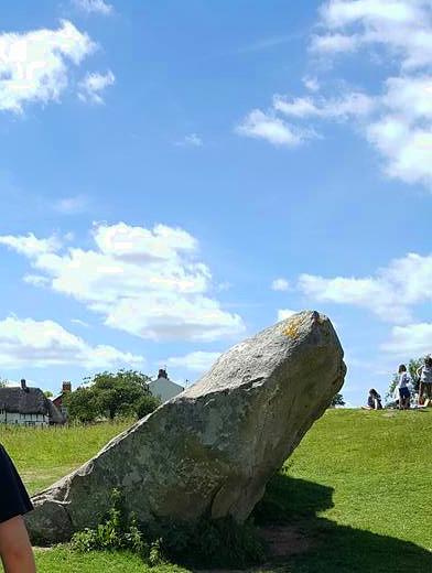 Avebury_Stone1