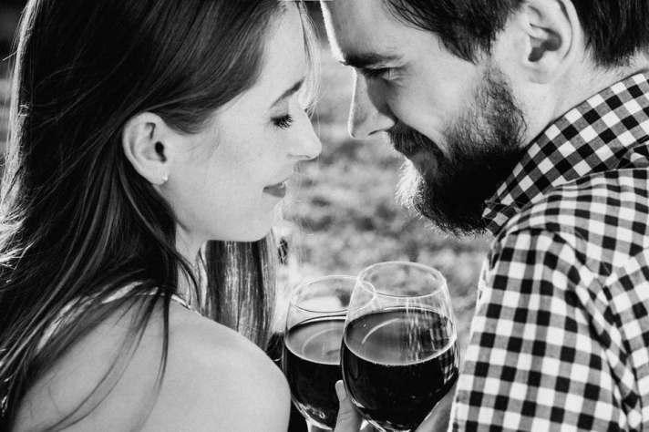 Dating10_HappyCouple