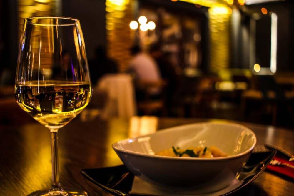Dating12_Dinner
