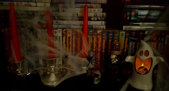 HalloweenTour-CandlesGhost