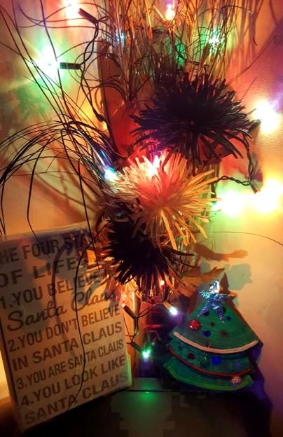 ChristmasTour-Decs-Corner