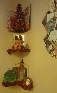 ChristmasTour-Decs-Shelf