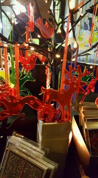 ChristmasTour-Light-Stall