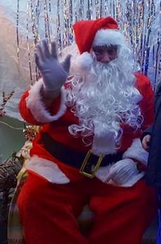 ChristmasTour-Santa