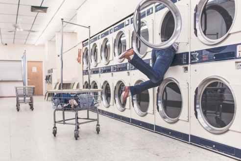 tv-laundry
