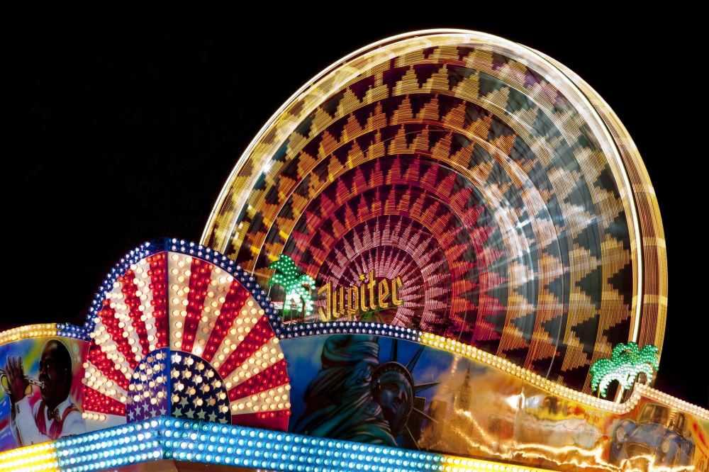 fair-fairground-ferris-wheel-folk-festival-40555.jpeg