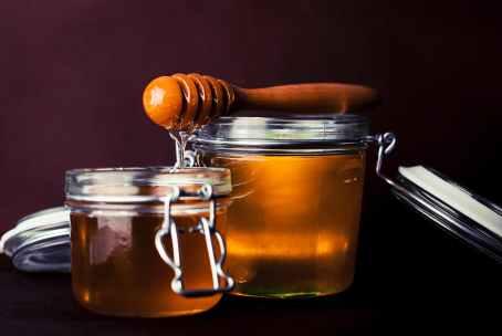 spoon honey jar glass